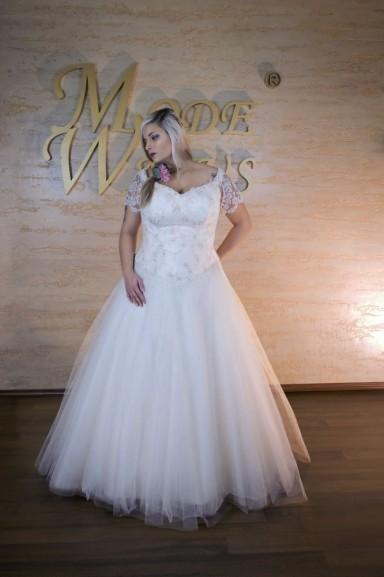 Übergrößen Brautkleider in großen Größen