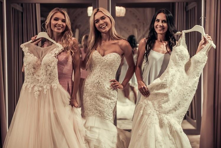 Maßgeschneiderte Brautmode aus dem Saarland