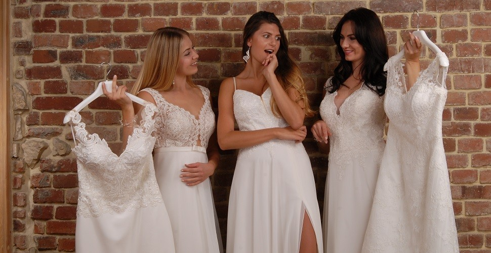 Unsere Brautkleider-Eigenkollektion Mode Walus 2019