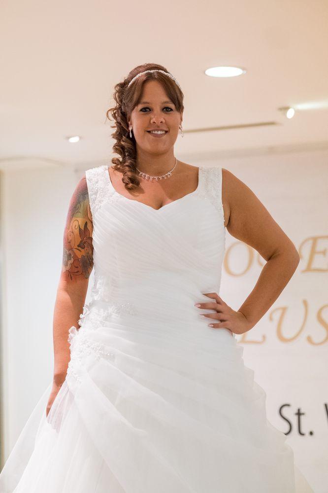 Brautkleider Übergrößen MODE WALUS