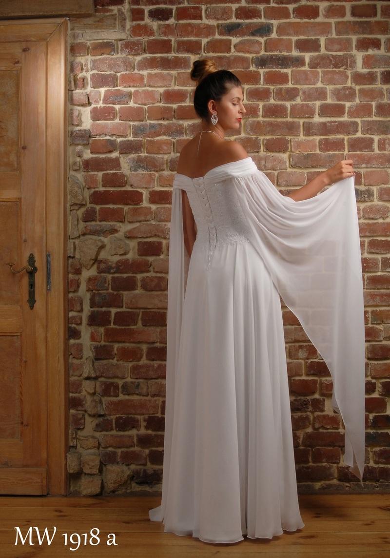 Brautkleider EigenKollektion MODE WALUS 2020
